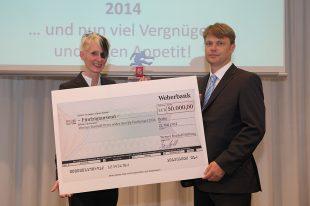21.05.2014, Berlin. Verleihung des Werner-Bonhoff-Preises 2014 in der Landesvertretung Rheinland-Pfalz. PreistrŠgerin 2014 ist Claudia Domnik.